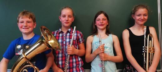 Juniorabzeichen: Patrick Renner, Juliana Fisch, Celine Fadenberger, Anika Kaml