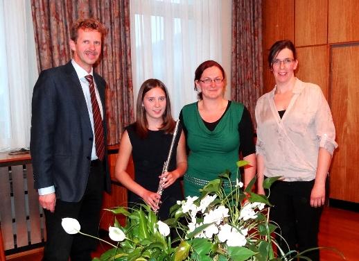 Prüfungskommision: Dir. Mag. Hannes Haider, ML Claudia Prammer, Mag. Sylvia Ringdorfer (MS Gröbming);